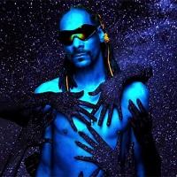 "Snoop Dogg si-a lansat noul clip ""Peaches N Cream"" in colaborare cu Pharrell si Charlie Wilson"