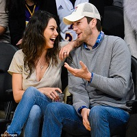Mila Kunis si Ashton Kutcher s-au casatorit in secret pe 4 iulie