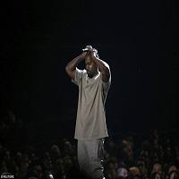Kanye West a luat-o razna pe scena VMA - si-a anuntat candidatura la presedintie pentru 2020