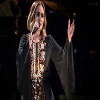 """Stiri din Muzica - 150.000 de oameni au cantat impreuna cu Adele """"Someone like you"""" la Glastonbury, iar momentul a fost fantastic"""