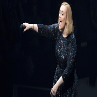 Adele a chemat un fan pe scena sa cante cu ea - reactia artistei cand a realizat ca este o nominalizata la Grammy