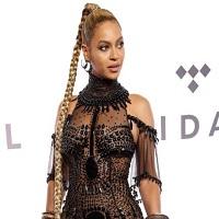 Stiri din Muzica - Cum arata Beyoncé imbracata intr-o rochie din margele