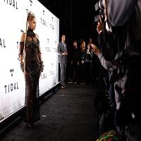 Cum arata Beyoncé imbracata intr-o rochie din margele
