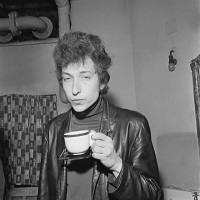 """Stiri din Muzica - Tacerea lui Bob Dylan dupa ce a luat premiul Nobel este considerata de Academie """"nepoliticoasa si aroganta"""""""