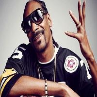 """Stiri din Muzica - Mai tineti minte cum """"a ajuns"""" Snoop Dogg in satul Bogata? Rapper-ul ar putea veni in Romania in 2017"""