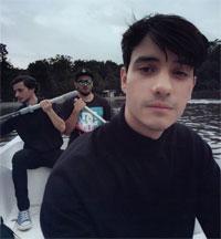 Stiri din Muzica - Baietii de la The Noise au lansat clipul piesei Orasul