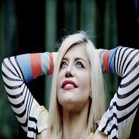 Stiri din Muzica - Controversa de la un outfit. Loredana vs Delia - cine a copiat pe cine?