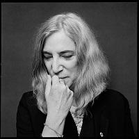 Stiri din Muzica - Patti Smith a acceptat premiul Nobel in locul lui Bob Dylan
