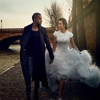 Stiri din Muzica - Prima aparitie a lui Kanye West dupa iesirea din spital - ce schimbare de look si-a facut rapper-ul