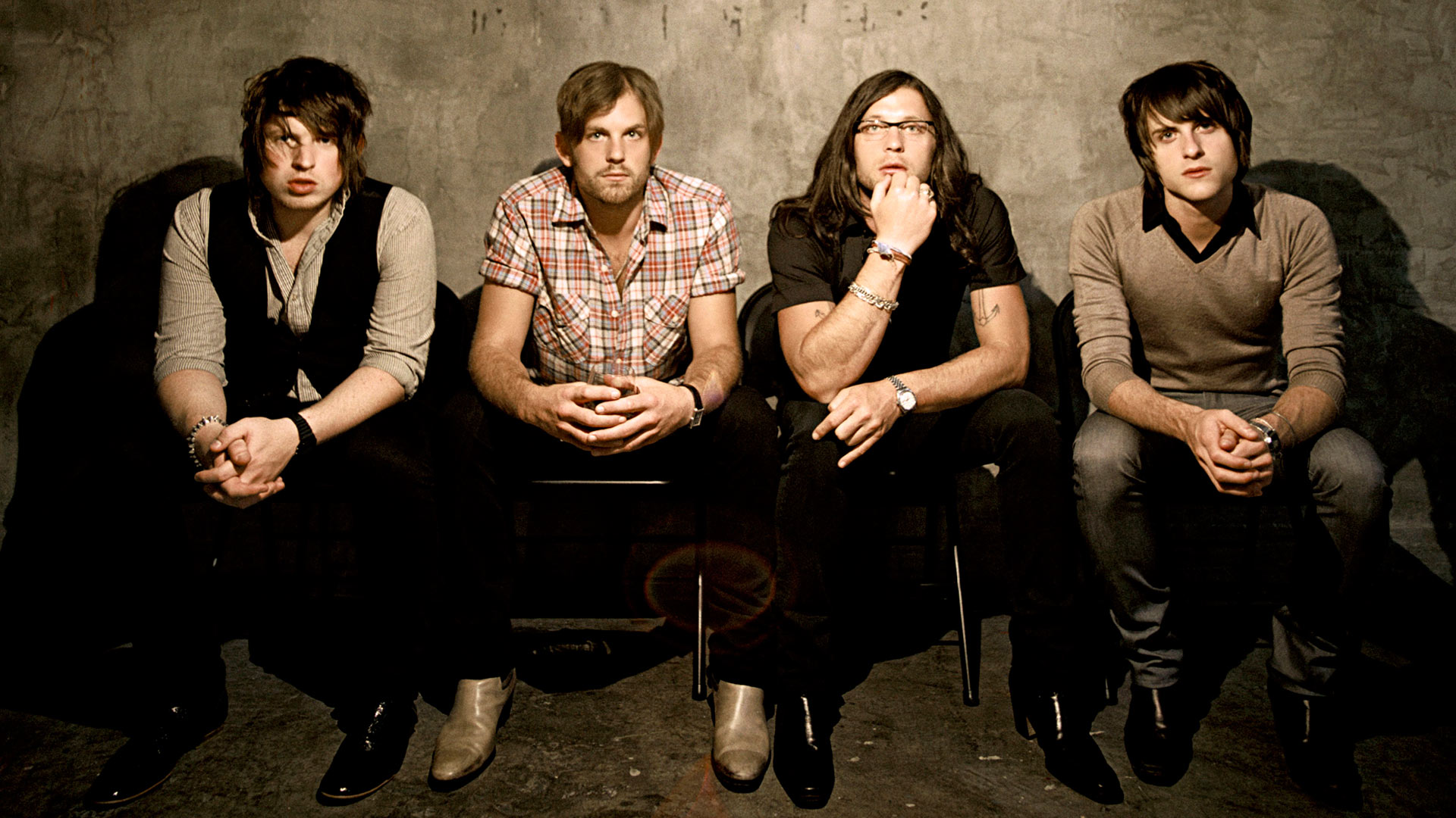 kings-of-leon-4dc9b4d7a8e2b.jpg