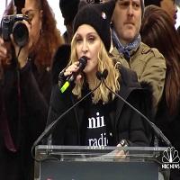 """Stiri din Muzica - Madonna a tinut un discurs controversat la """"Marsul femeilor"""" din Washington"""