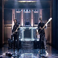 "Si tu te vei indragosti de modul in care The xx au interpretat piesa ""Say Something Loving"" live la Jimmy Fallon"