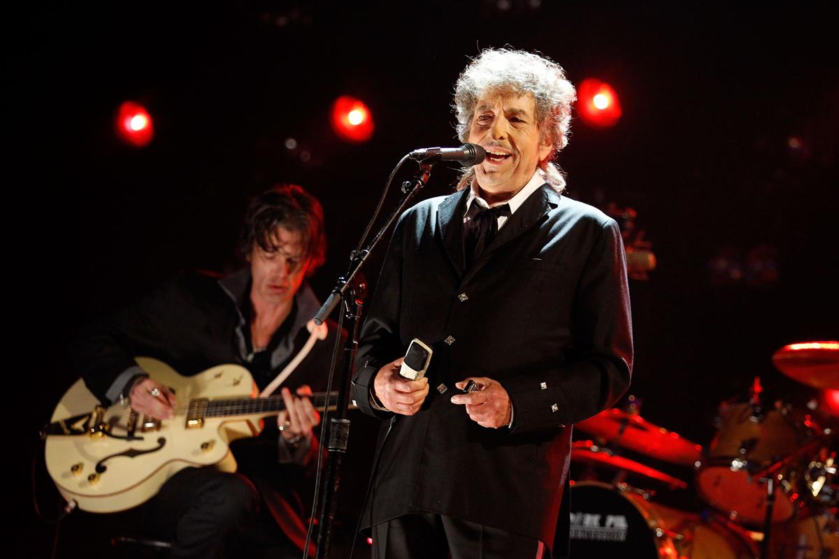 Bob-Dylan-2012.jpg