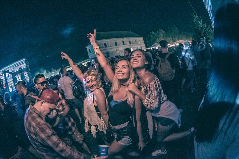 Stiri din Muzica - Electric Castle 2017, sold-out  cu o lună înainte de festival