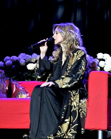 Stiri Evenimente Muzicale - Lara Fabian revine la Bucuresti in 2014