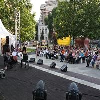 """Stiri Evenimente Muzicale - Incepe festivalul """"Simfonii de vara"""" - concerte clasice gratis in Parcul Coltea din Bucuresti"""